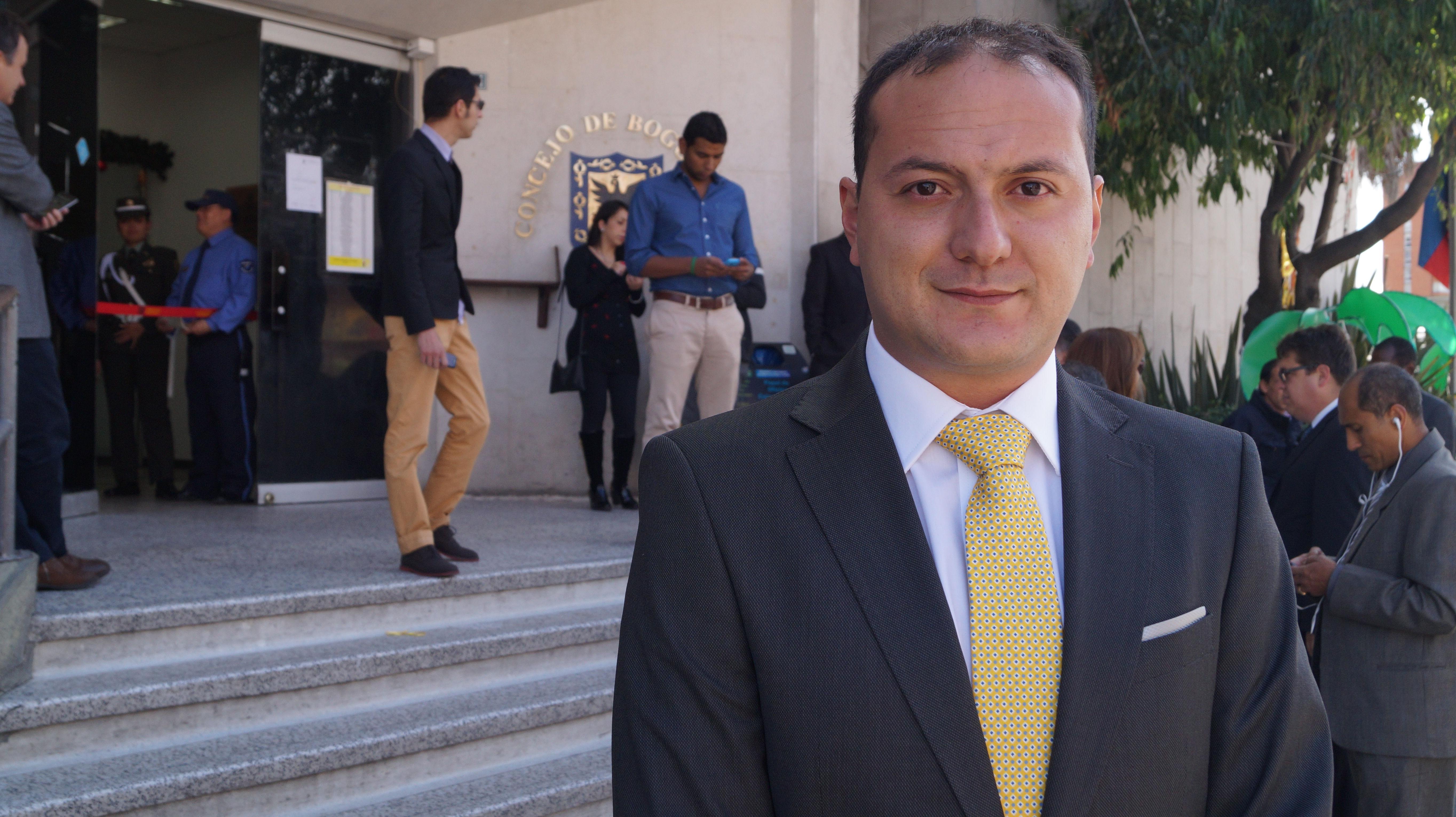 Carta pública de réplica del Concejal Manuel Sarmiento al Alcalde Enrique Peñalosa  sobre falsas afirmaciones acerca de las privatizaciones