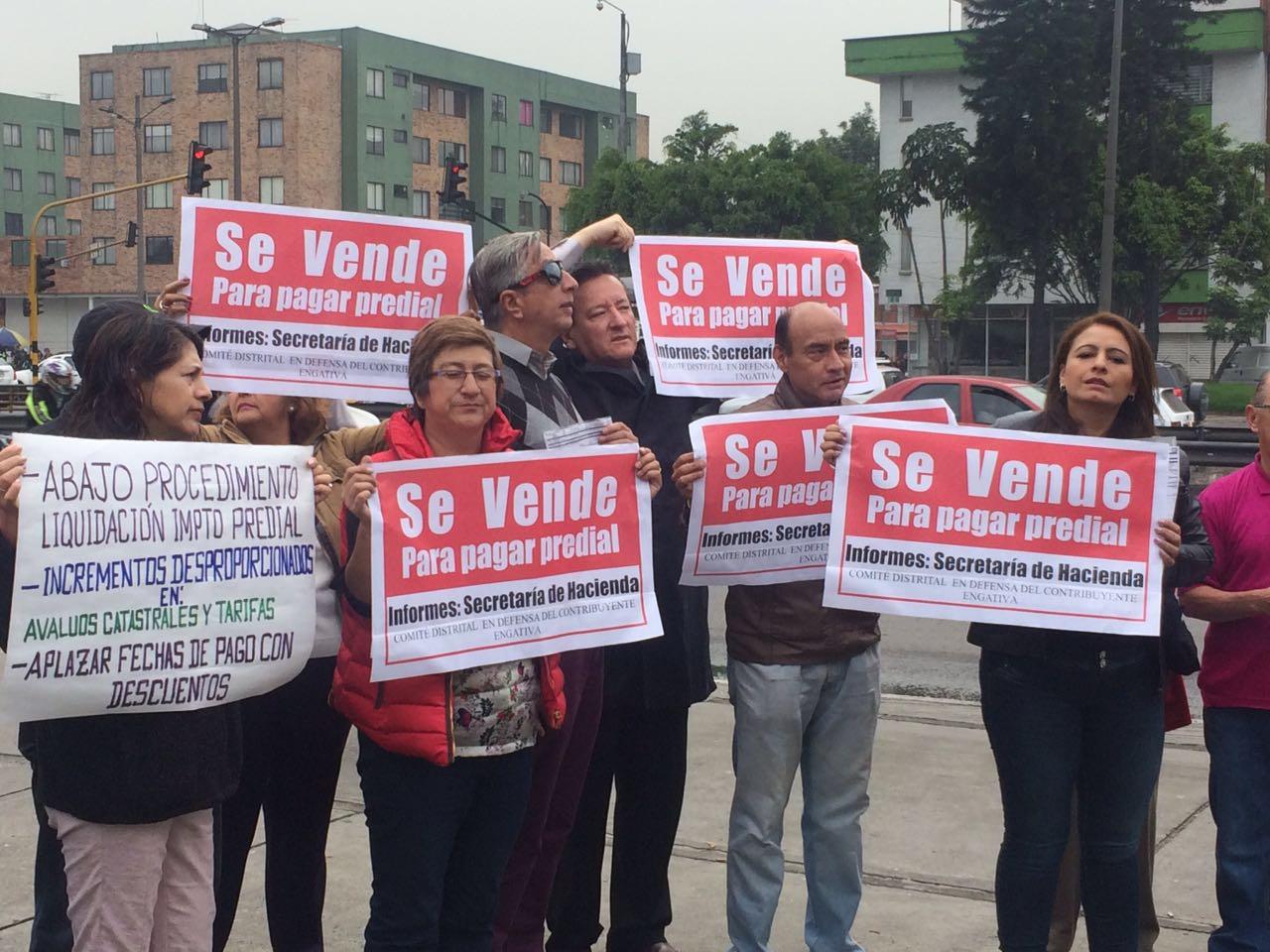 Veinte concejales de distintas bancadas solicitan al alcalde Peñalosa aplazar la fecha de pago con descuento del impuesto predial.