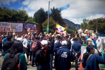 Bogotá aún puede derrotar la privatización de ETB, su empresa de telecomunicaciones.