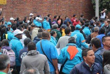 Bancada del Polo y Sintrateléfonos presentan demanda contra la privatización de la ETB