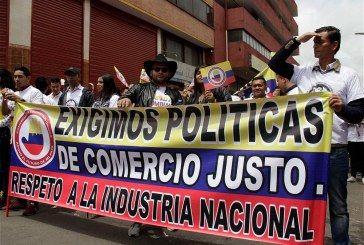 Peñalosa y Santos desprecian la industria bogotana de las confecciones y el calzado: concejal Manuel Sarmiento