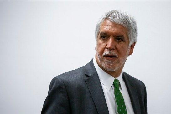 Peñalosa insiste en prevaricar con las vigencias futuras del metro
