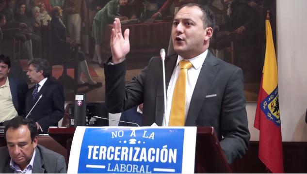 Transmilenio debe atender exigencias de los trabajadores en huelga de hambre: Manuel Sarmiento