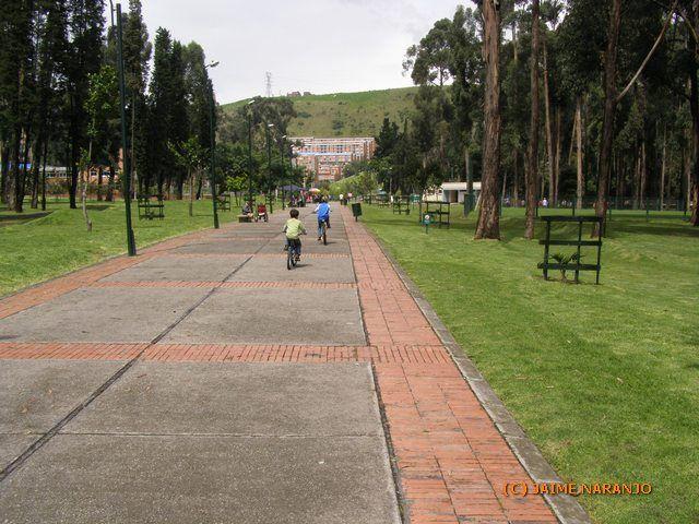 La administración del alcalde Peñalosa debe respetar los acuerdos con la comunidad del Bosque San Carlos