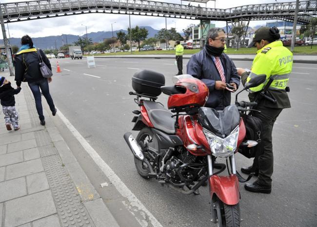 Prohibición del parrillero fracasó como estrategia para reducir la inseguridad en Bogotá
