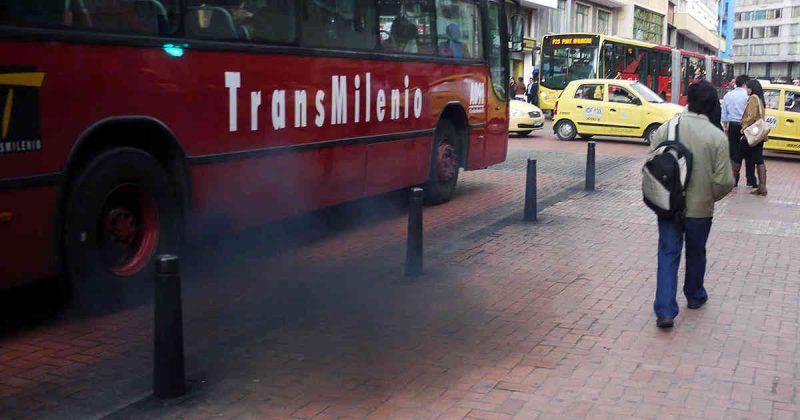 Bogotá pierde $ 77 mil millones de pesos en la compra de los nuevos buses de Transmilenio