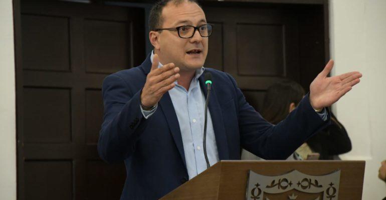 El IDU debe suspender el proceso de adquisición de predios para la construcción de la troncal de la AV. 68: concejal Manuel Sarmiento