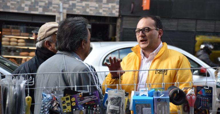 La crisis social de los vendedores informales debe atenderse con diligencia.